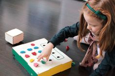 Primo is a tangible programming interface designed to teach children age 4 to 7 basic programming logic without the need for literacy. I'm going to have smart kids! Basic Programming, Computer Programming, Basic Coding, Learn Coding, Arduino, Wooden Playset, Teaching Programs, Computer Basics, Logic Games