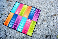Molli Sparkles: Blogger's Quilt Festival - Spring 2014 - A Lot of Look