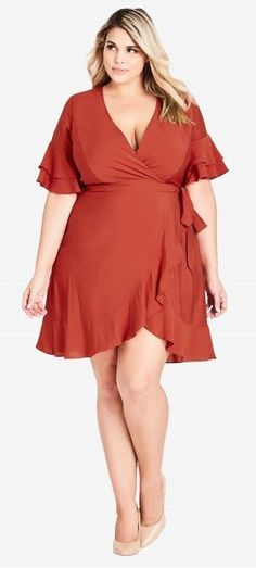 45 Plus Size Wedding Guest Dresses {with Sleeves} - Plus Size Fall Wedding Guest. Plus Size Wedding Guest Dresses, Plus Size Formal Dresses, Dressy Dresses, Nice Dresses, Dresses With Sleeves, Summer Dresses, Outfit Summer, Maxi Dresses, Lounge Dresses