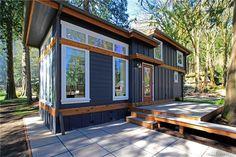 399/400 sq ft is plenty of room. Wildwood Cottages Lake Whatcom