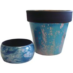 Decorate Objects using Pebeo Fantasy Moon Paints. Diy Planters, Planter Pots, Pebeo Vitrail, Pebeo Paint, White Spirit, Garden Projects, Diy Projects, Moon Painting, Paint Effects