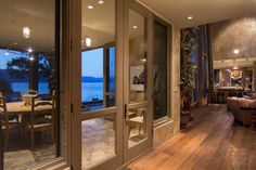 Okanagan Lakeshore Home design 2 Multi Million Dollar Lakeshore Property Infused with Nautical Vibrancy