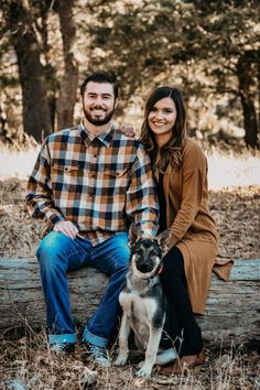 Dog Family Photos- Madison Paige Photo Engagement Photos engagement photos with dogs Fall Couple Pictures, Dog Christmas Pictures, New Baby Pictures, Photos With Dog, Fall Family Photos, Family Pictures Dog, Christmas Card Photo Ideas With Dog, Holiday Pictures, Family Picture Poses