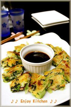 2013.1.9話題入り♪チンゲン菜をたっぷり入れたチヂミ♪シャキシャキ感ともっちり生地が最高❤韓国海苔とチーズの相性◎