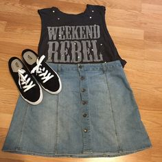 Weekend Rebel tank/crop top Never worn! Fits kind of like a crop top Tops Tank Tops