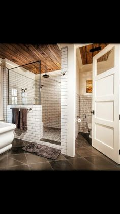 Don't know what to do with your large master bathroom? We have assembled 20 stunning photos of large master bathroom design ideas to help you out! Bad Inspiration, Bathroom Inspiration, Dream Bathrooms, Beautiful Bathrooms, Master Bathrooms, Tile Bathrooms, Master Baths, Small Bathrooms, Rustic Modern Bathrooms