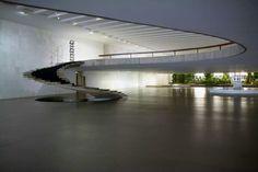 Escalera Palacio de Itamaraty, palacio de.los arcos, en brasil Arquitecto: Oscar Niemeyer