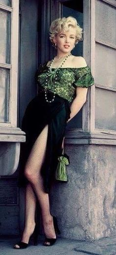 Marylin Monroe, Marilyn Monroe Fotos, Marilyn Monroe Haircut, Marilyn Monroe Style, Marilyn Monroe Outfits, Most Beautiful Women, Beautiful People, Pin Up, Annie Leibovitz