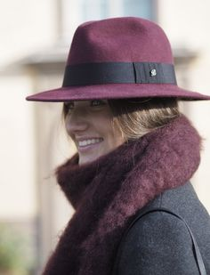 Balmuir Cremona felted hat and Kid mohair scarf in shade burgundy.