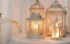 Love lanterns, and love them grouped together like this!