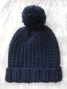 This is the matching beanie for my Blue Steel scarf – pattern here. This pattern uses a soft and chunky yarn from the Women's Institute collection making it squishy and warm for the win… patterns free hats women Beanie Knitting Patterns Free, Beanie Pattern Free, Loom Knitting, Knitting Designs, Hat Patterns, Easy Knitting, Knitting Ideas, Knitting Projects, Headband Pattern