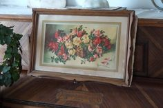 Chromo et cadre ancien , décor panier de roses . Brocante de charme atelier cosy.fr