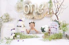 GARDEN Clipする 1 Year Birthday, Baby Girl First Birthday, Birthday Parties, Birthday Ideas, Outdoor Baby Photos, Jungle Theme Birthday, A Little Party, Birthday Cake Smash, Birthday Decorations
