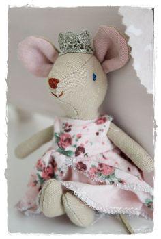 cloth doll mouse by Maileg - Denmark