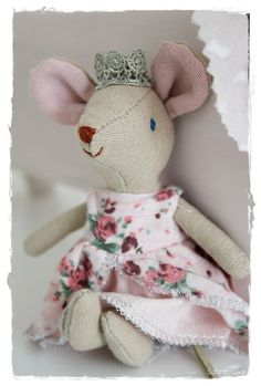cloth doll mouse by Maileg - Denmark