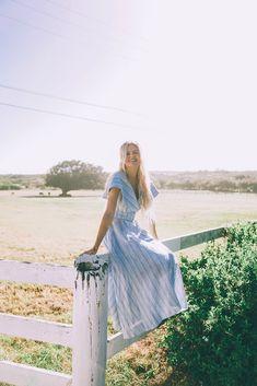 Sailor Neckline - Barefoot Blonde Amber Fillerup Clark