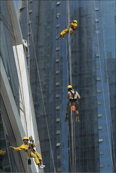 Robinson-Solutions Professional Window Cleaning: Window Cleaning News.
