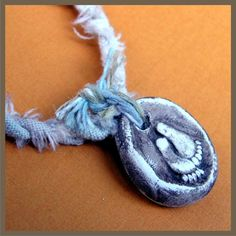 HANG TEN Surfer Style Pendant - Shabby Chic Vintage Surf Look