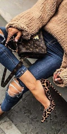 Mode Outfits, Casual Outfits, Fashion Outfits, Womens Fashion, Winter Outfits, Fashion Heels, Leopard Fashion, Ladies Fashion, Fashion Clothes