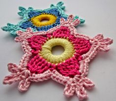Flor holandesa tejida al crochet con paso a paso en fotos | Crochet y dos agujas