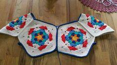 Dazzling Crochet a Bodycon Dress Top Ideas. Head-Turning Crochet a Bodycon Dress Top Ideas. Crochet Baby Sweaters, Crochet Jumper, Crochet Cardigan, Crochet Granny, Crochet Clothes, Crochet Flower Scarf, Crochet Shell Stitch, Crochet Motif, Crochet Designs