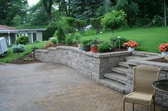 Pittsburgh retaining walls installation by PGHSW uses retaining wall block like Omni Stone and Versa-lok for it's retaining wall construction. Small Retaining Wall, Retaining Wall Steps, Outdoor Spaces, Outdoor Living, Outdoor Decor, Retaining Wall Construction, Small Lake Houses, Privacy Walls, Wall Installation