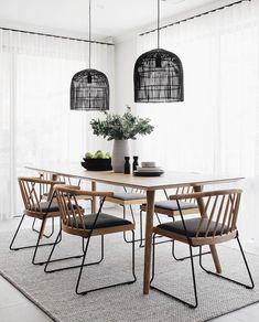 Dining Room Table Decor, Dining Room Lighting, Dining Room Design, Dining Area, Kitchen Dining, Küchen Design, Home Design, Interior Design, Simple Interior