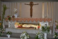 Maria Goretti's greatest witness is forgiveness, priest observes St Maria Goretti, Dood, Catholic Saints, Priest, Forgiveness, Spanish, Prayers, Santa, English
