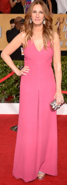 Julia Roberts in a bright Valention jumpsuit at the SAG Awards