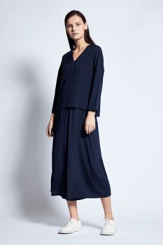 Yitta Silk Top in Ink French Seam, Cotton Bag, Silk Top, Cashmere, High Neck Dress, Spring Summer, Ink, Model, Collection