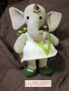 Free crochet pattern for girl elephant! Free amigurumi pattern for elephant doll and dress. The pattern comes with clear instructions and photos. Crochet this little elephant for all your loved ones! Crochet Elephant, Crochet Bear, Crochet Dolls, Thread Crochet, Crochet Amigurumi Free Patterns, Free Crochet, Knitted Animals, Stuffed Animal Patterns, Amigurumi Doll