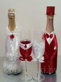 wedding bottle decoration,decorative bottles,bride and groom wine bottle covers,pimped bottles wedding,wedding decoration Wedding Wine Glasses, Wedding Wine Bottles, Wine Bottle Covers, Wine Bottle Art, Bottle Stoppers, Bottle Opener, Christmas Wine Bottles, Decorated Wine Glasses, Glass Bottle Crafts