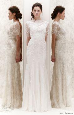Jenny Packman Collection  2013----el clasicismo  que te podrias encontrar en una escultura griega del siglo de PERICLES...afianzando la femineidad de la mujer......refinamiento de la clase alta britanica....absolutamnte atemporal para un fondo de armario de mujer de primera..........ARTE