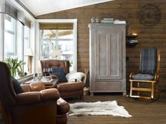 brown, gray and blue living room House Rooms, Scandinavian Style, Armoire, Cabin, Living Room, Brown, Interior, Furniture, Cottage Ideas