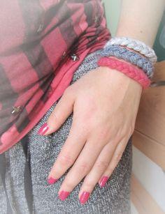 bransoletka wełniana trio warkoczykowe:) woolen triple braid bracelet