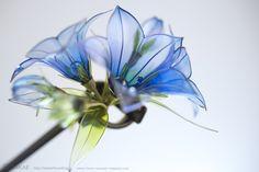 簪作家榮 2011桔梗簪 Japanese hair accessory -Chinese bellflower Kanzashi- by Sakae, Japan   http://sakaefly.exblog.jp/   http://www.flickr.com/photos/sakaefly/