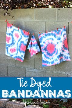 It's easy to create these Tie Dyed Bandannas to show off your patriotic spirit. Fun Diy Crafts, Easy Craft Projects, July Crafts, Easy Crafts For Kids, Craft Tutorials, Crafts To Make, Craft Ideas, Fourth Of July Drinks, July 4th