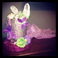 Alice in Wonderland themed Easter Bonnet for Sophie's Spring Frolic parade at school. Easter Bunny, Easter Bonnets, Easter Hat Parade, Alice In Wonderland, Holiday Recipes, Easter Stuff, Schools, Bunnies, Gifts