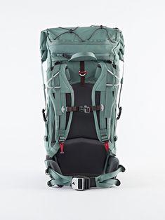 40389U91 - Grip 2.0 Backpack 40L - Brush Green - Klättermusen