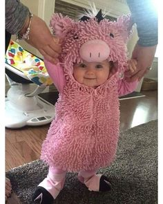 Baby Halloween costumes are everyones favourite. Here are the best Halloween Costumes for Little babies ideas for you so that you have the best halloween. So Cute Baby, Baby Kind, Cute Babies, Mom Baby, Happy Baby, Happy Kids, Cute Baby Pictures, Baby Photos, Pictures Of Babies