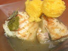 Saramură de mreană Mashed Potatoes, Meat, Chicken, Ethnic Recipes, Food, Kitchens, Whipped Potatoes, Smash Potatoes, Essen