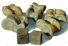 Roman dice and knucklebones