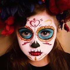 <img> Trendy Makeup Halloween Catrina Book Of Life Ideas - Visage Halloween, Clown Halloween, Halloween Makeup Looks, Halloween Make Up, Dead Makeup, Beauty Makeup, Kids Makeup, Makeup Ideas, Sugar Skull Makeup