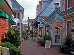 Rehoboth Alleyway | An alley with shops in Rehoboth Beach, D… | Ronnie R | Flickr