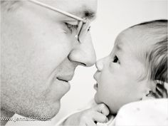 18 Ideas for beautiful photos of your newborn and family