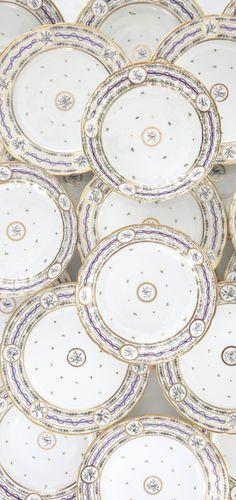 A PARIS PORCELAIN PART DINNER SERVICE 19TH CENTURY Sotheby's