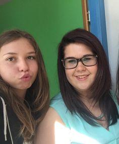 With friends Selfie, Glasses, Friends, Fashion, Eyewear, Amigos, Moda, Eyeglasses, Fashion Styles