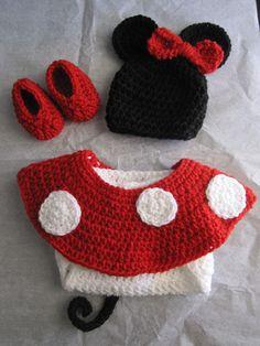 Minnie Mouse Crochet Prop