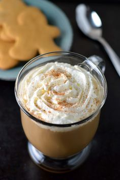 Gingerbread latte: A homemade syrup makes the best gingerbread lattes!
