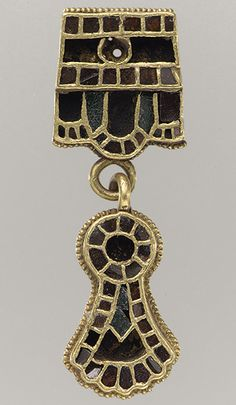 Collar Pendant [Domagnano, Republic of San Marino] (17.190.698) From the grave of an Ostrogothic woman.